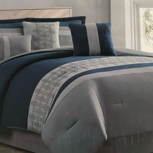 Other - BNWT King 7 pieces comforter set